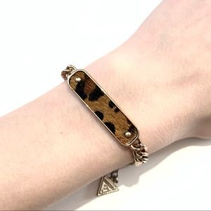 Guess Adjustable Gold Bracelet With Animal Print